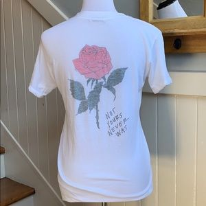 Ambiance Botique Rose Tee